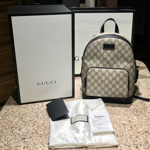 💯% Auth Small Gucci Supreme Canvas Backpack🥰🥰
